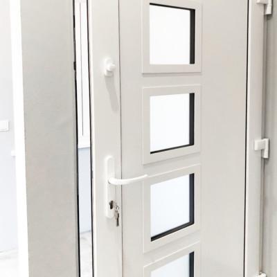 Haustueren Kunststoff Aluminium Metall Eingangstueren Alu