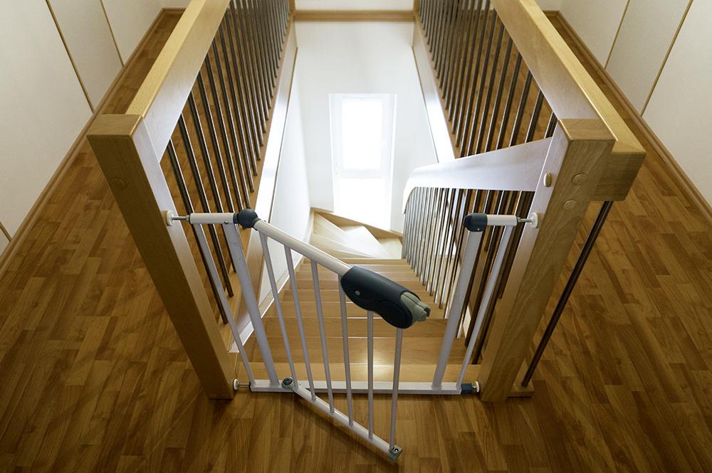 treppen aus holz bei k ln holztreppen treppenbau overath. Black Bedroom Furniture Sets. Home Design Ideas
