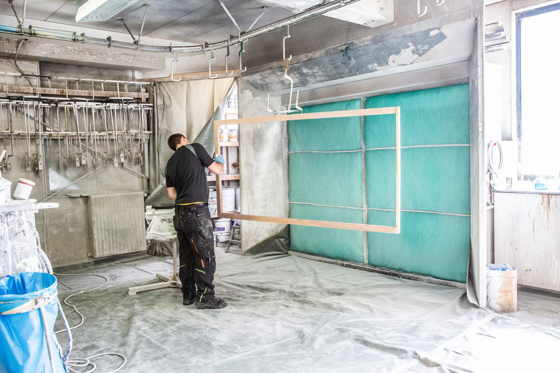 Tueren Fensterbau Moebel Tischlerei Berg Werkstatt Lackierung Overath Bergisch Gladbach