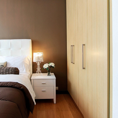 wand-einbauschrank-guenstig-schlafzimmer-schreiner-tischler